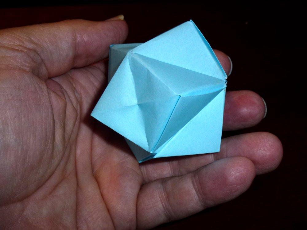 342SamCiullaInflatableStellatedOctahedronScale