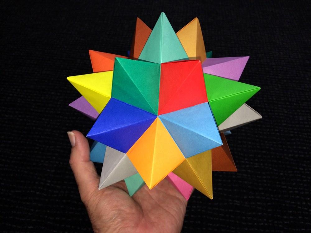 35TomokoFuseSpikedPentakisDodecahedronScale