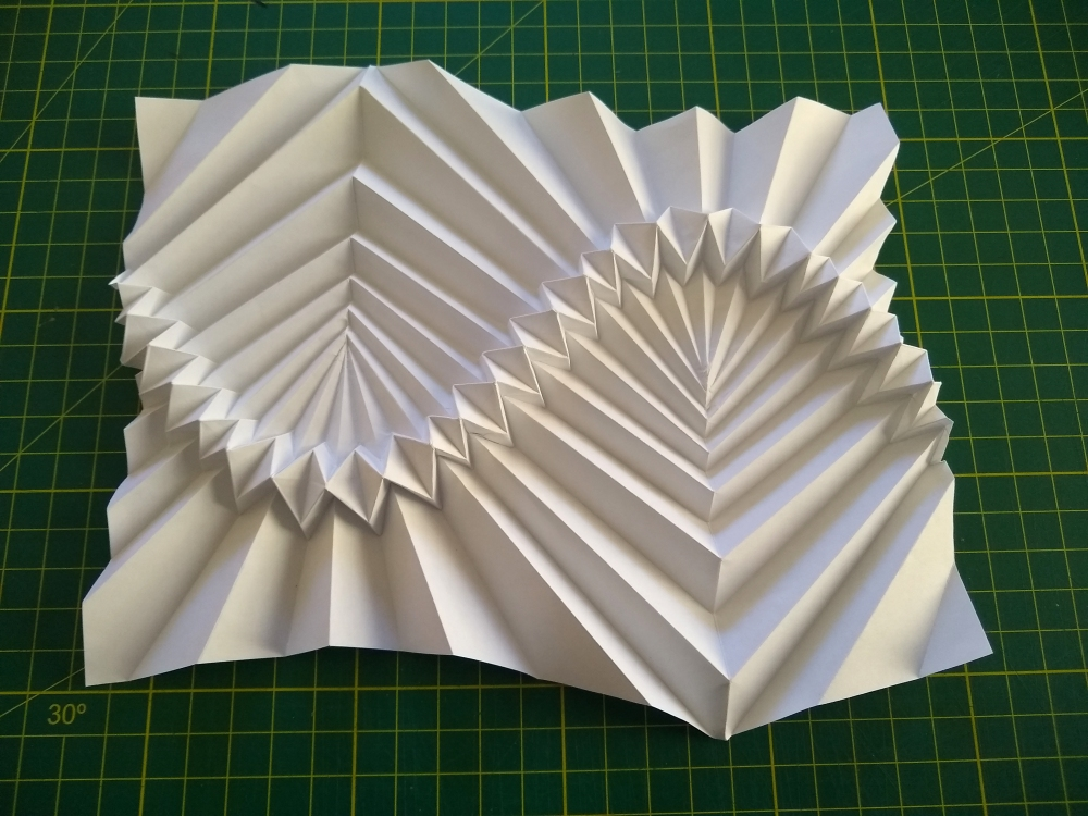 flat-folding sine wave-based corrugation - finished form