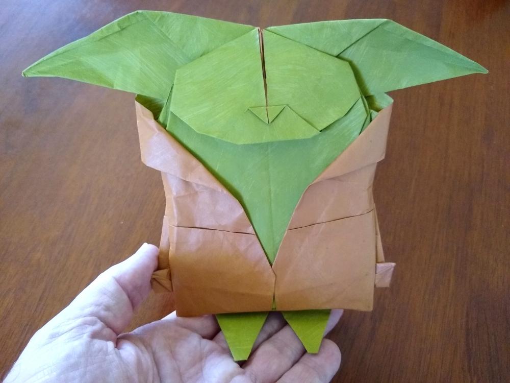 Andrés Lozano's Baby Yoda Scale